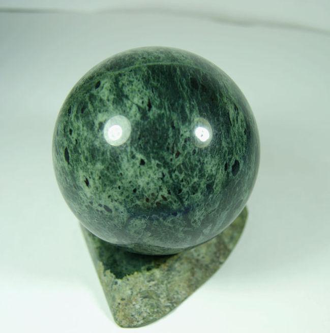 Банный камень жадеит - продажа в Санкт-Петербурге